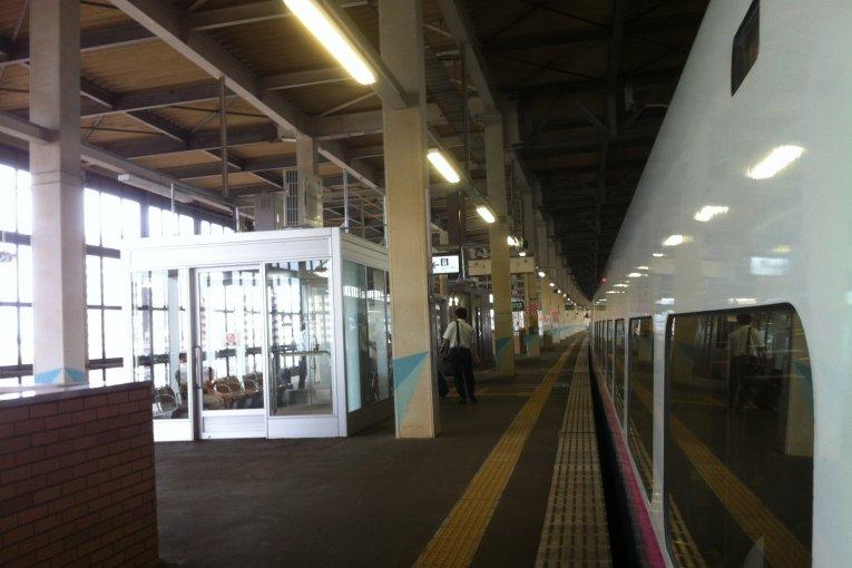 สถานีกิตะคะมิ