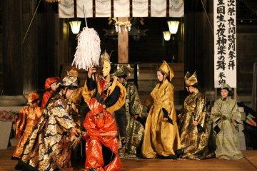 Izanagi Shrine's play showcasing Japan's creation story.