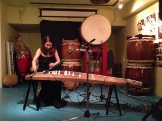 Koto Master, Masumi Timson. Her performance is enchanting and captivating; almost as if she weaves a little magic everytime she moves a finger on her beautiful koto. www.masumi-koto.com