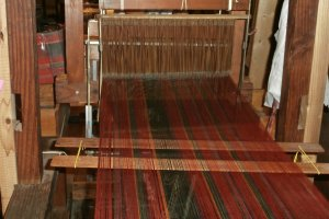 The warp is pulled tensely so that it's completely straight