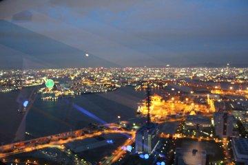 还得说夜里的景色最迷人