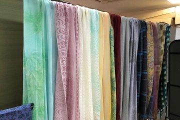 Vibrant stoles to go with kimonos