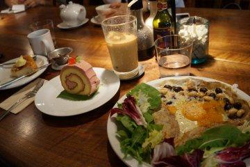 Cafe Mame-hico in Sangenjaya