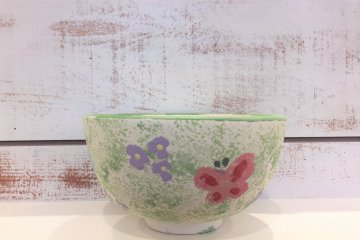 A painted ceramic bowl takes anywhere from 30 minutes to 2 hours to complete