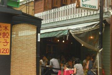 Enjoying the Omotesando street life