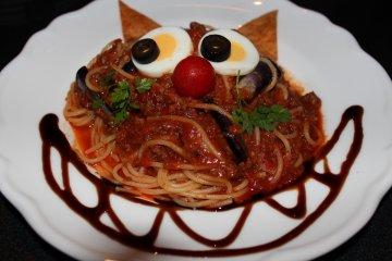 Вдохновителем этого блюда из пасты стал Чеширский кот.