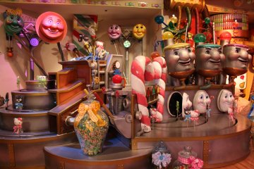 Take a walk through the sweets factory featuring some candy versions of Hello Kitty and Badtz Maru.