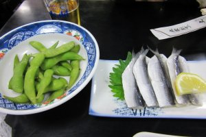 Zunda (left) is a traditional snack served with beer