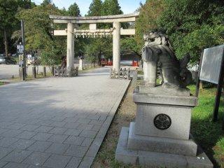 The path to Toshogu shrine