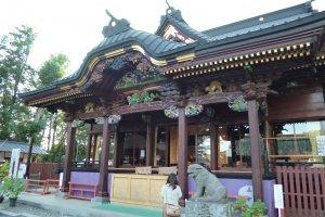 Main Hall entryMenuma Shodenzan is considered to be the 'Nikko' of Saitama, and for good reason
