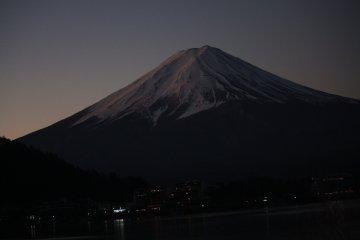 Mt. Fuji  picture before sunrise
