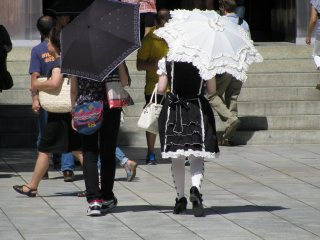 'Lolita' fashion