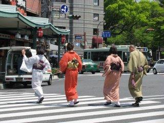 Yukata style in Gion Shijo, Kyoto