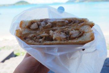 땅콩 치킨 카레 샌드위치!