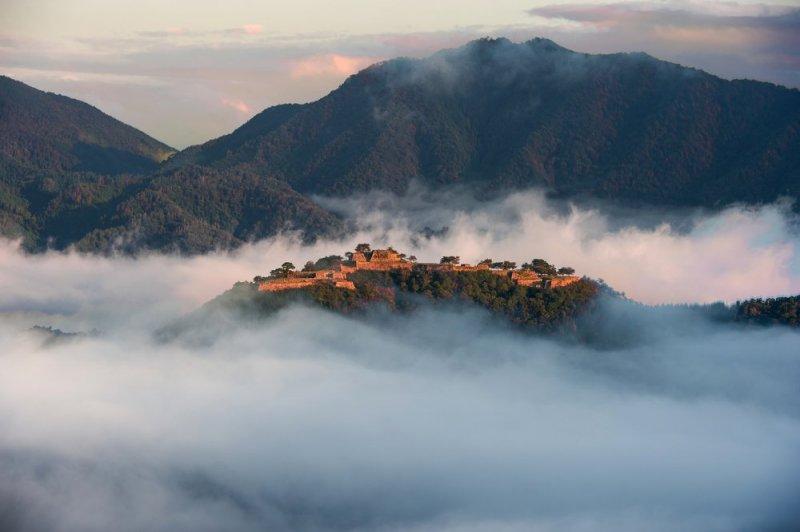 Замок Такэда – настоящий небесный замок