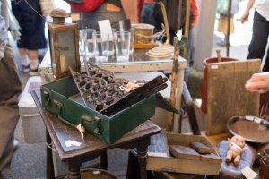 하나조노 사원 골동품 시장