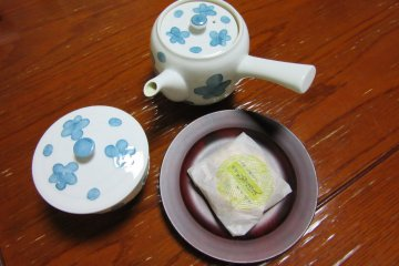После онсэна неплохо выпить чашку зелёного чая