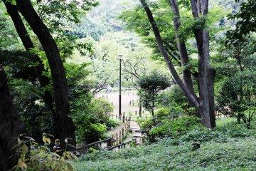 <p>El parque memorial Arisugawa</p>