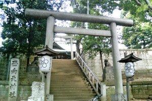 Nishimukiten Shrine