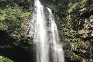 Ryuzuga waterfall