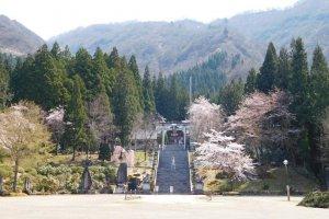 Hakkaisan Shrine