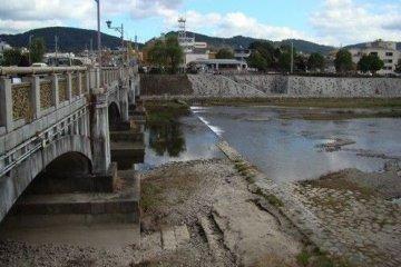 七条大桥与鸭川