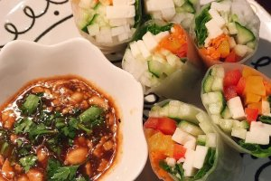 Colorful and healthy spring rolls