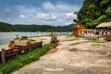 Hamaguri Deck Café is right on the beach