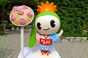 Beni chan, the adorable Yamagata mascot.