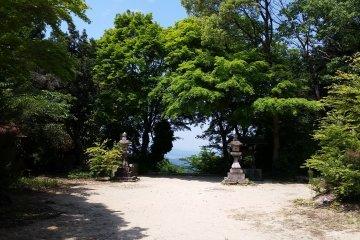 The courtyard of Chihaya Shrine
