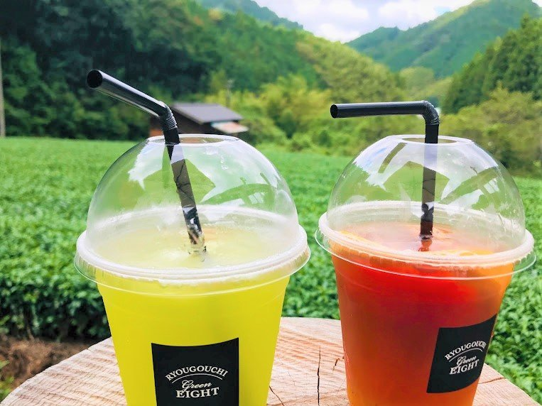 Refreshing drinks as you look out over the tea fields