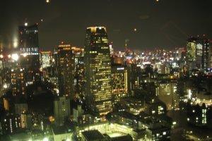 东京美丽的夜色