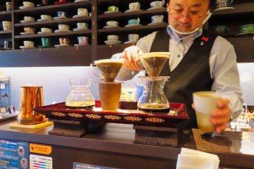 Toshiya Fushimi brewing our coffee