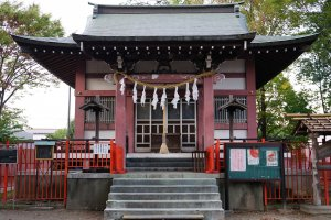 Aoi Shrine (cropped)