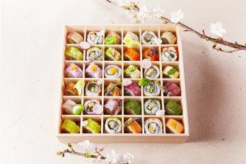 Ohanami Roll Sushi Bento (36 rolls, 12 varieties @ 4,900 yen)