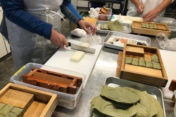 Making the square sushi shape