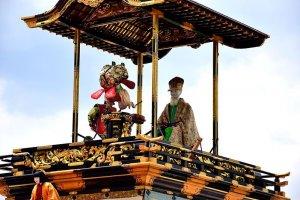 Edo-period Robots? Wonder of Karakuri