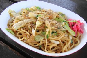 Fujinomiya yakisoba is just one of the foods visitors can enjoy at the event