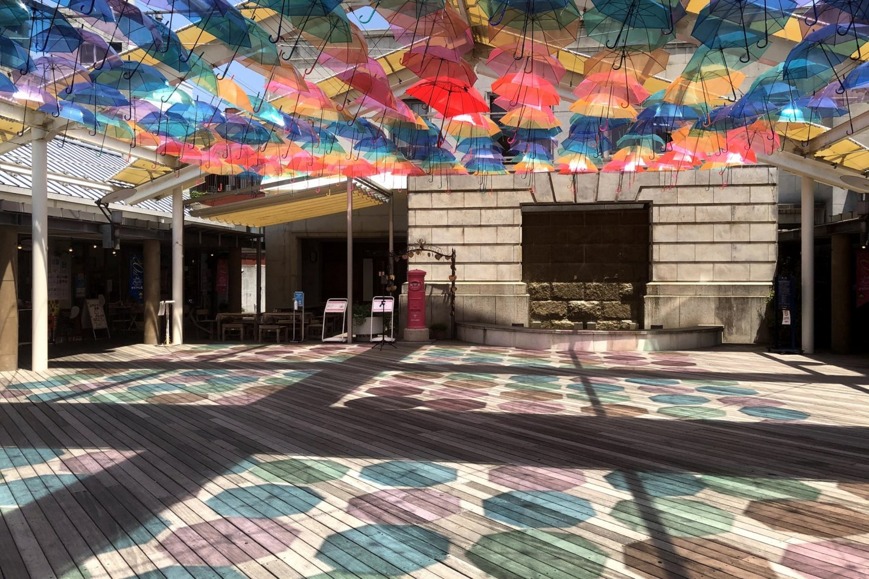 216 colorful umbrellas will decorate the terrace of the Karakoro Art Studio