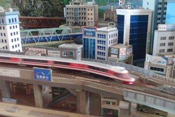 Диорама с поездами