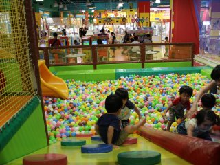 An inside perspective from the Namco Land ball pit