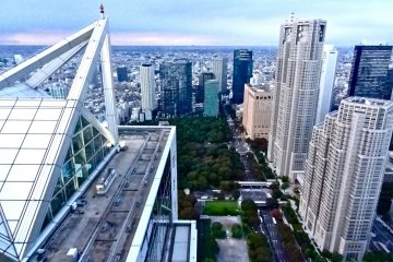 Immediate view of Tokyo as soon as you step out of the elevator onto the 52nd Floor