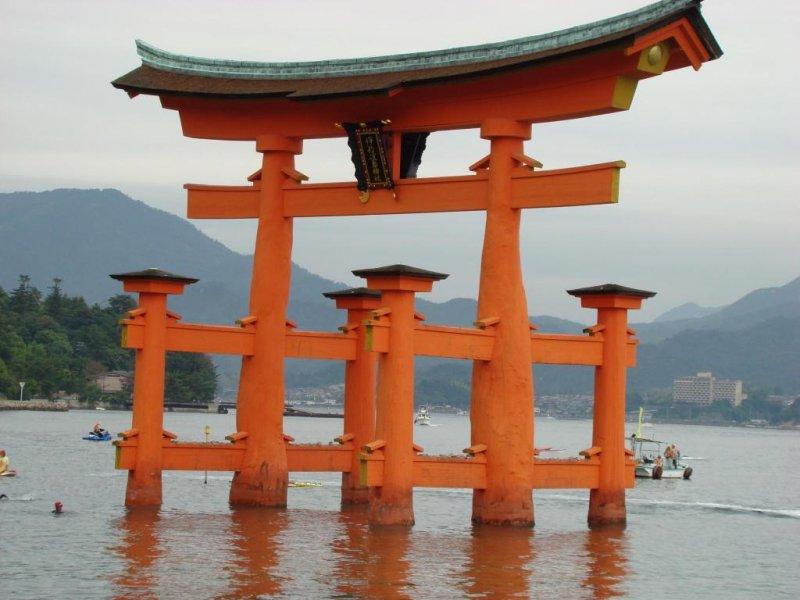 Giant Red Tori Gate