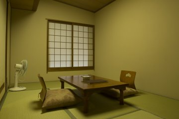 ห้องพักขนาด 6 โจว (ห้องเดี่ยว) ที่มีขนาดกว้างเหลือเฟือ
