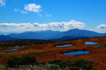 Hiking to the Top of Naebasan