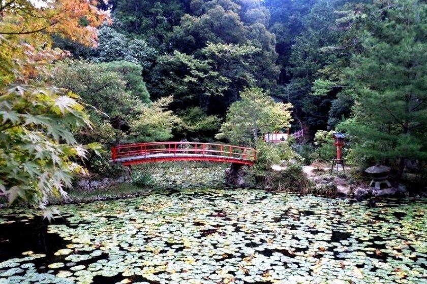 Beautiful ponds and mature gardens grace Oharano Shrine
