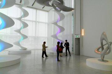 ห้องแสดงศิลปะ Louis Vuitton Espace