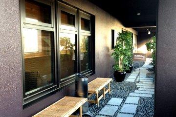The top floor of DormyPremium Inn has a pleasant balcony, a sauna and hot springs bath.
