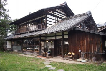 Engawa Cafe, one of the beautiful vintage cafe refashioned from old Japanese houses.