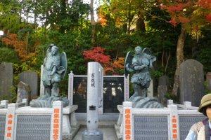 타카오산에는 텐구가 있다는 말이 전해내려오고있다